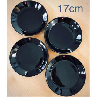 イッタラ(iittala)のイッタラTEEMA プレート17cm 4枚セット ブラック 正規品 送料込(食器)