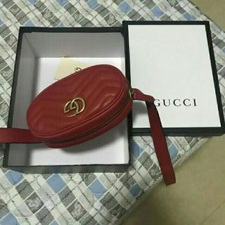 グッチ(Gucci)のグッチ マーモント ウエストバッグ ボディバッグ 赤(ボディバッグ/ウエストポーチ)