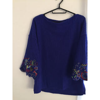 スカラー(ScoLar)のスカラー  刺繍セーター(ニット/セーター)