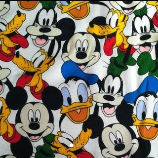 ディズニー(Disney)の1 ディズニー ミッキーフレンズ ニット生地(生地/糸)