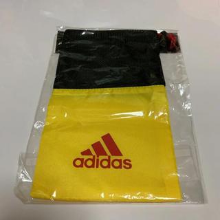 アディダス(adidas)のアディダス ミニ巾着(ポーチ)