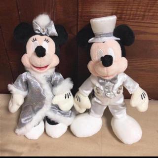 ミッキーマウス - タグ付 新品 ミッキー  ミニー ぬいぐるみバッジ セット ワンマン