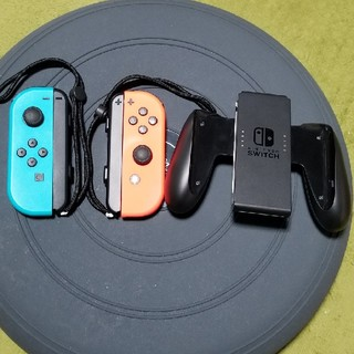 Nintendo Switch - ジョイコン ジョイコングリップ