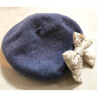 カオリノモリ(カオリノモリ)の美品!/ベレー帽/カオリノモリ/帽子/ディズニー/プーさん/リボン/ネイビー系(ハンチング/ベレー帽)
