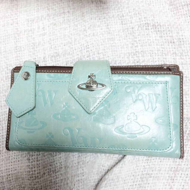 Vivienne Westwood(ヴィヴィアンウエストウッド)のvivienne 長財布 レディースのファッション小物(財布)の商品写真