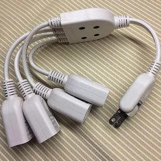 エレコム(ELECOM)のさんぴんちゃん様専用 電源タップ4個口 x2(変圧器/アダプター)