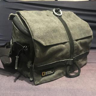 ナショナルジオグラフィック 中型カメラバッグ ショルダーバッグ ウォークアバウト(ケース/バッグ)