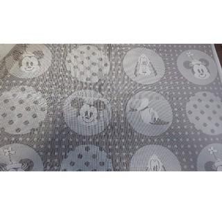 ディズニー(Disney)のミッキーフレンズ カーテンはぎれ(生地/糸)