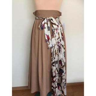 しまむら - 送料込 しまむら ☆ 新品 スカーフ柄 切り替え スカート L
