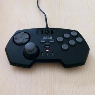 セガ(SEGA)のASCII USBゲームコントローラー ASC-1606SM(PCゲームソフト)