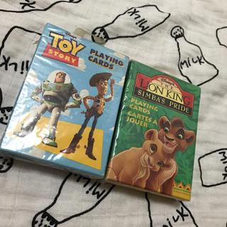 ディズニー(Disney)の海外 トイストーリー ライオンキング トランプ セット(トランプ/UNO)