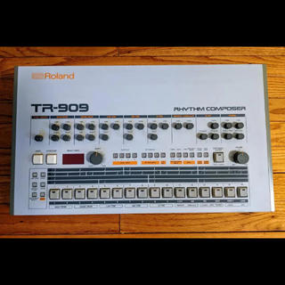 Roland TR-909(音源モジュール)