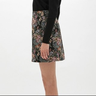 GU - 美品☆ゴブラン織り ミニスカート エスサイズ