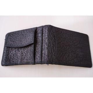 【新品】 牛革 マネークリップ 2つ折り 財布 型押し ブラック(マネークリップ)