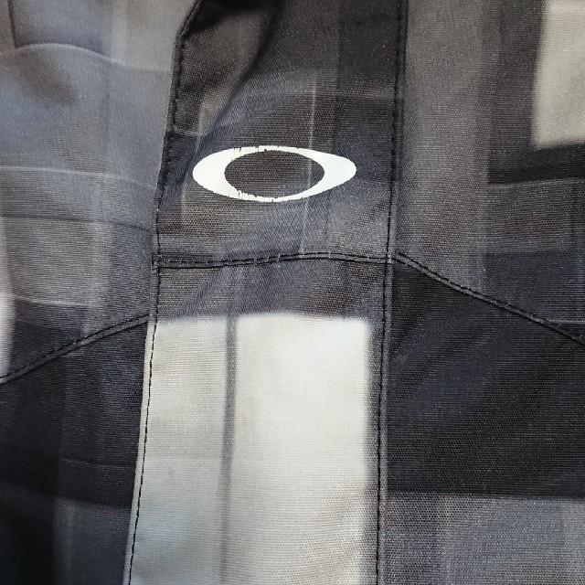Oakley(オークリー)の オークリー スノーウエア スポーツ/アウトドアのスノーボード(ウエア/装備)の商品写真