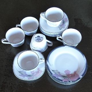 ノリタケ(Noritake)のNoritakeカップ&ソーサー&デザート皿セット(食器)