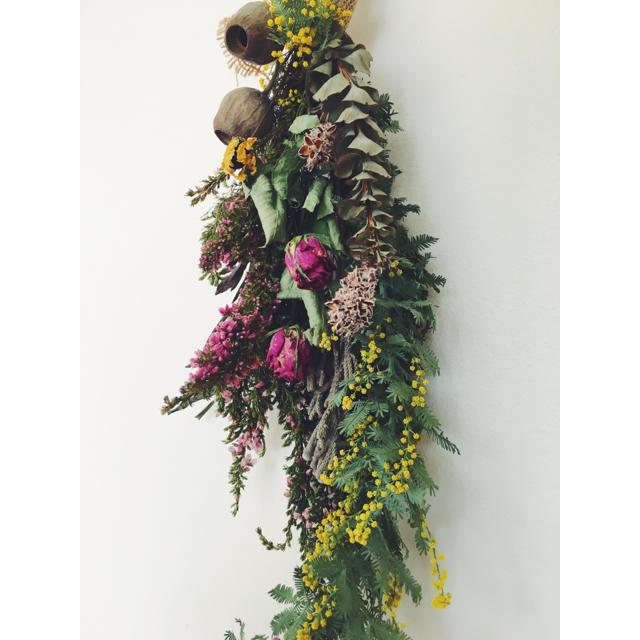 ミモザ エリカ ベルガムナッツのボヘミアンロングスワッグ Bohemian  2 ハンドメイドのフラワー/ガーデン(ドライフラワー)の商品写真
