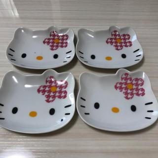 サンリオ(サンリオ)のキティ 皿 4枚セット(食器)