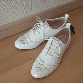 ザラ(ZARA)の新品!ザラ【ZARA】オックスフォード フラットシューズ(ローファー/革靴)