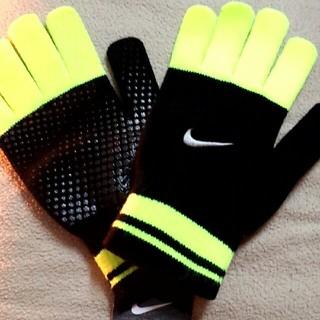 ナイキ(NIKE)のNIKE手袋(手袋)
