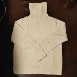 GU - 新品未使用。ジーユーローゲージタートルネックセーター