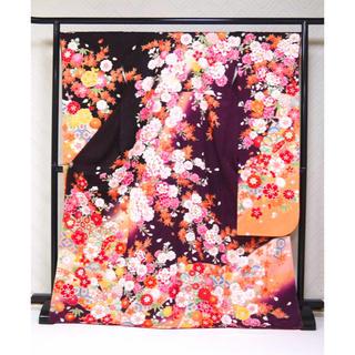 新品 特別価格!高尚な紫地!金彩古典花文様 仕立て上がり 正絹振袖☆622(振袖)