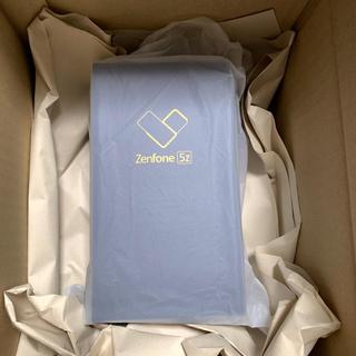 エイスース(ASUS)の新品未使用未開封Zenfone5Zスペースシルバー ZS620KL 国内版 (スマートフォン本体)