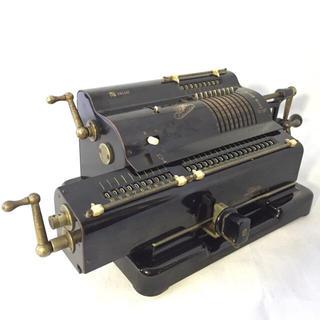 昭和レトロ タイガー機械式計算機 手回し式計算機(その他)