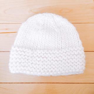 アーヴェヴェ(a.v.v)の新品 avvのニット帽(ニット帽/ビーニー)