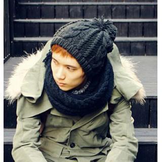 新品♪グレー 男女兼用 ニット帽 ボンボン付き ケーブル 編み 帽子(ニット帽/ビーニー)