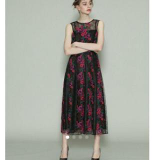 グレースコンチネンタル(GRACE CONTINENTAL)の新品 18AW グレースコンチネンタル チュールフラワー刺繍ワンピース ドレス(ロングワンピース/マキシワンピース)