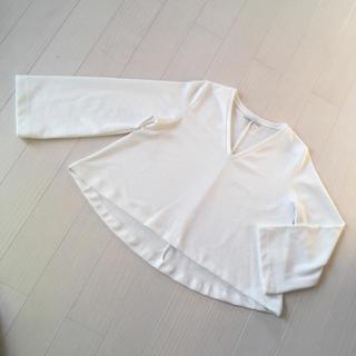 ザラ(ZARA)のZARA ショート丈 カットソー(カットソー(長袖/七分))