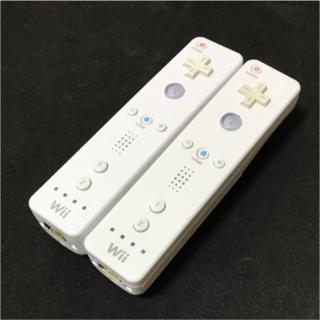ウィー(Wii)のwiiリモコン 2個 セット ニンテンドー 任天堂 シロ ホワイト 白 純正(家庭用ゲーム本体)