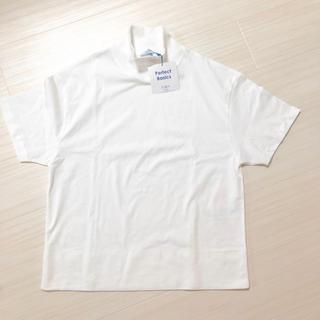 ザラ(ZARA)の新品タグ付き 今期完売 ZARA ハイネックTシャツ ホワイト S インスタ掲載(Tシャツ(半袖/袖なし))