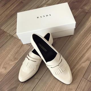 ランダ(RANDA)の新品 エナメルローファー(ローファー/革靴)