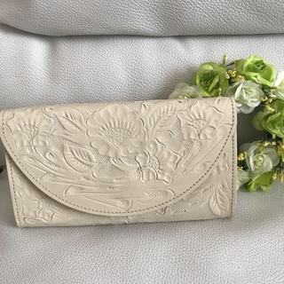グレースコンチネンタル(GRACE CONTINENTAL)の新品 グレースコンチネンタル カービング 財布(財布)