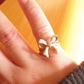 リング ホワイト リボン ゆめかわ 8号(リング(指輪))