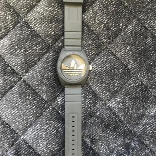 アディダス(adidas)のadidas ブラック×ゴールド 腕時計(腕時計(アナログ))