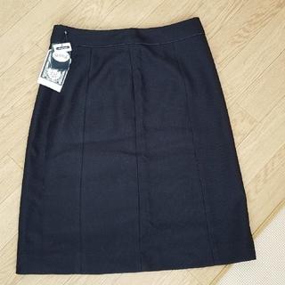 シューラルー(SHOO・LA・RUE)の【新品タグつき】シューラルー スカート(ひざ丈スカート)
