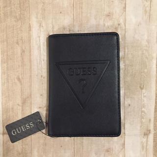 ゲス(GUESS)のGUESS パスポートケース ブラック☆ タグ付き (パスケース/IDカードホルダー)