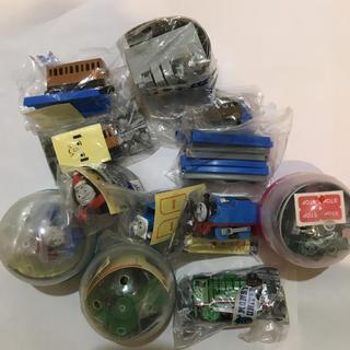 タカラトミー(Takara Tomy)の新品、トーマスカプセルプラレール、スコットマン 他(電車のおもちゃ/車)
