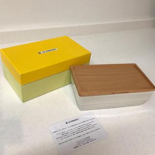 ルクルーゼ(LE CREUSET)のルクルーゼ  バターケース 白(食器)