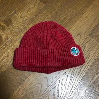 チチカカ(titicaca)の赤ニット帽 (ニット帽/ビーニー)