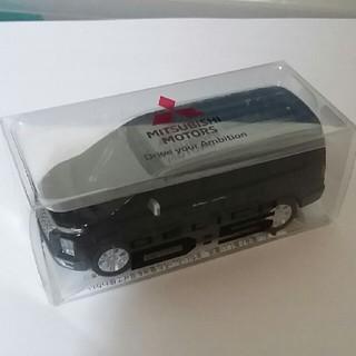 三菱 - 新型デリカD:5 ミニカー エメラルドブラック×アイガーグレー