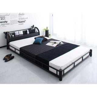期間限定特価 棚 コンセント マットレス付き スチールフロアベッド シングル(シングルベッド)