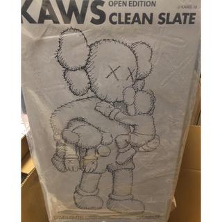 メディコムトイ(MEDICOM TOY)の【専用】KAWS CLEAN SLATE グレー  ブラック(キャラクターグッズ)