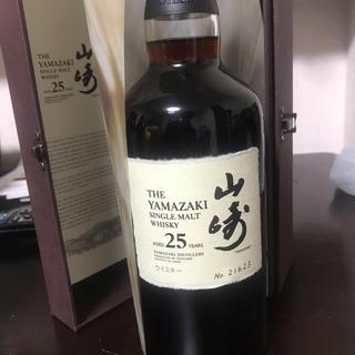 サントリー(サントリー)の専用  山崎 25年 700 ml(ウイスキー)