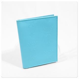 エムシーエム(MCM)の美品■MCM パスケース ライセンスケース 免許証入れ 定期入れ カードケース(パスケース/IDカードホルダー)