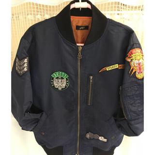 ステューシー(STUSSY)の美品。STUSSYレディースジャケット。これかの季節に!(ミリタリージャケット)