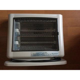 コイズミ(KOIZUMI)のコイズミ電気ヒーターストーブ400800w暖房(電気ヒーター)